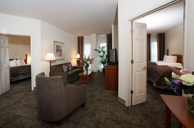 Bon StayBridge Suites New Orleans Photos