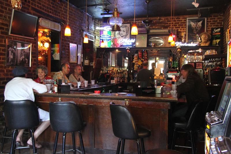 New Orleans Hotels >> Lucille's Golden Lantern | New Orleans | Nightlife Venue