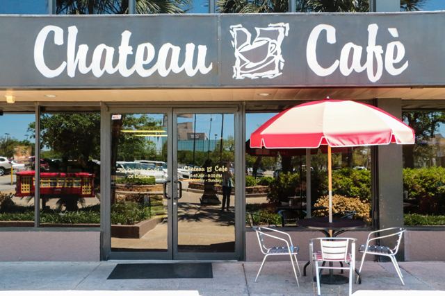 Chateau Cafe Lakeview Hours