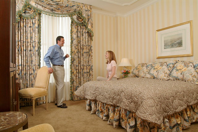 Hotel monteleone new orleans hotel place of lodging for 971 salon monticello ar