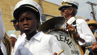 New Orleans traditions � jazz funeral procession